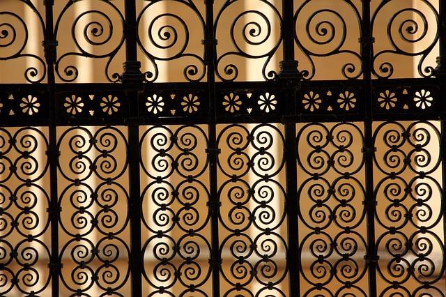 עבודות מסגרות - שערים וסורגים